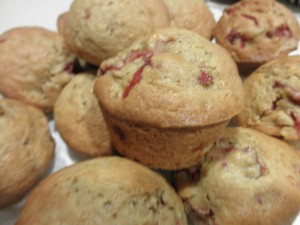 Baked strawberry and banana muffins
